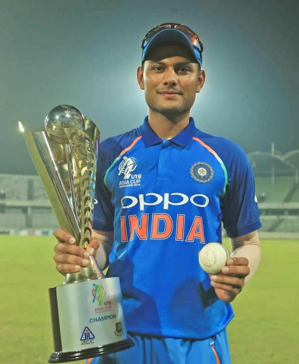 Harsh Tyagi Asia Cup with Trophy