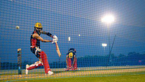 RCB Skipper Virat Kohli and Boys Sweat It Out In Dubai - www.probatsman.com