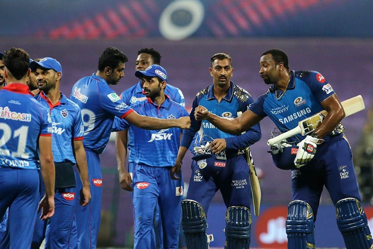 IPL 2020 MI vs DC, Mumbai Indians Defeated Delhi Capitals by 5 Wickets and Tops the Points Table, Quinton de Kock 12th IPL Fifty