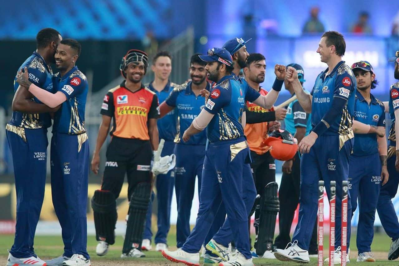 IPL 2020: MI vs SRH, Defending Champion Mumbai Indians Third Win of The Season, Topped The Points Table Again; Sunrisers Hyderabad Defeated by 34 Runs