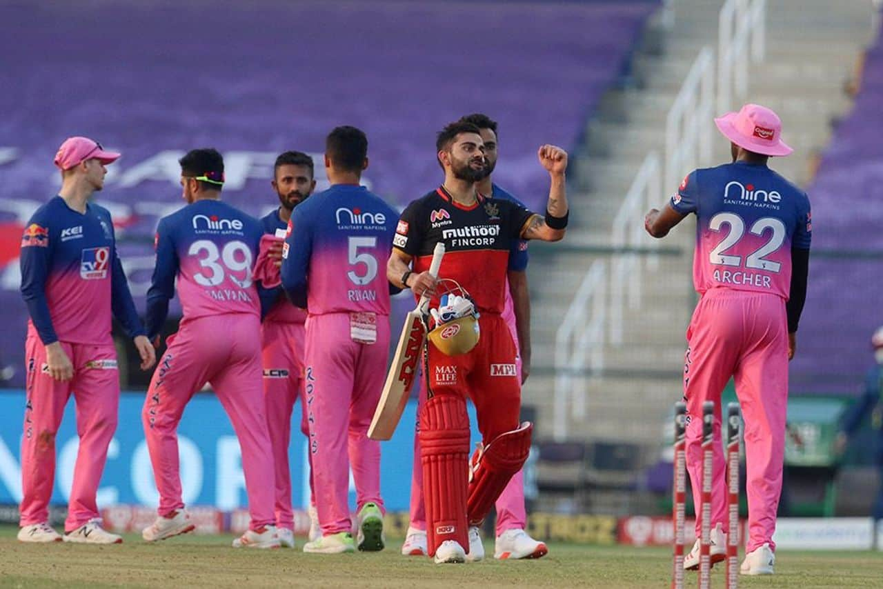IPL 2020: RCB vs RR, Royal Challengers Bangalore Reached The Top of The Table by Defeating Rajasthan Royals by 8 Wickets