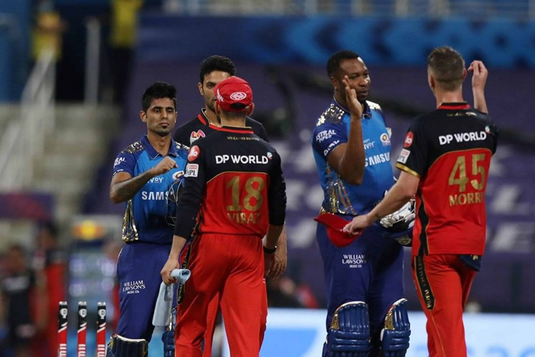 IPL 2020 – MI vs RCB Highlights & Analysis: Mumbai Indians Defeated Royal Challengers Bangalore by 5 Wickets & Concrete Its Place in Playoffs