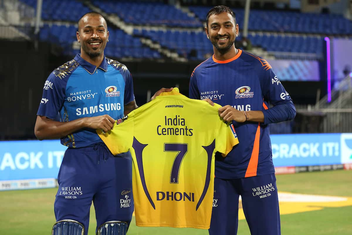 Pandya Brothers Received A Special Gift From MS Dhoni