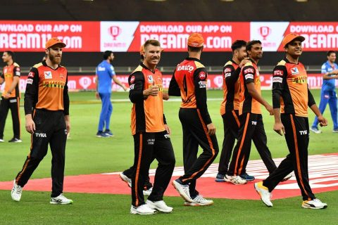 IPL 2020 – SRH vs DC Highlights & Analysis: SunRisers Hyderabad Defeated Delhi Capitals by 88 Runs, SRH Intact Their Play-offs Qualification