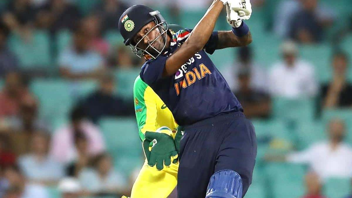 IND vs AUS: 'Look In The Pandya family' - Hardik Pandya Hinted Virat Kohli For 6th Bowler