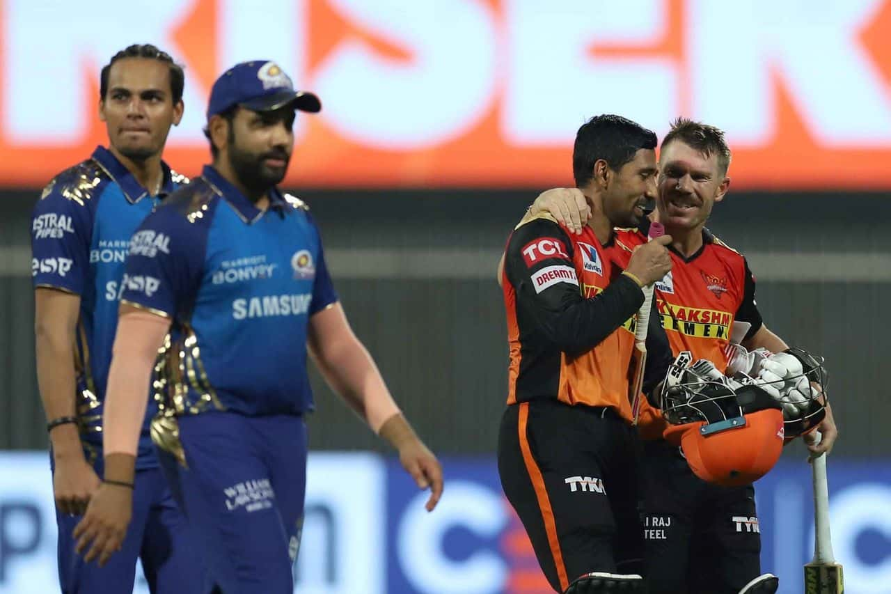 Sunrisers Hyderabad Defeated Mumbai Indians By 6 Wickets