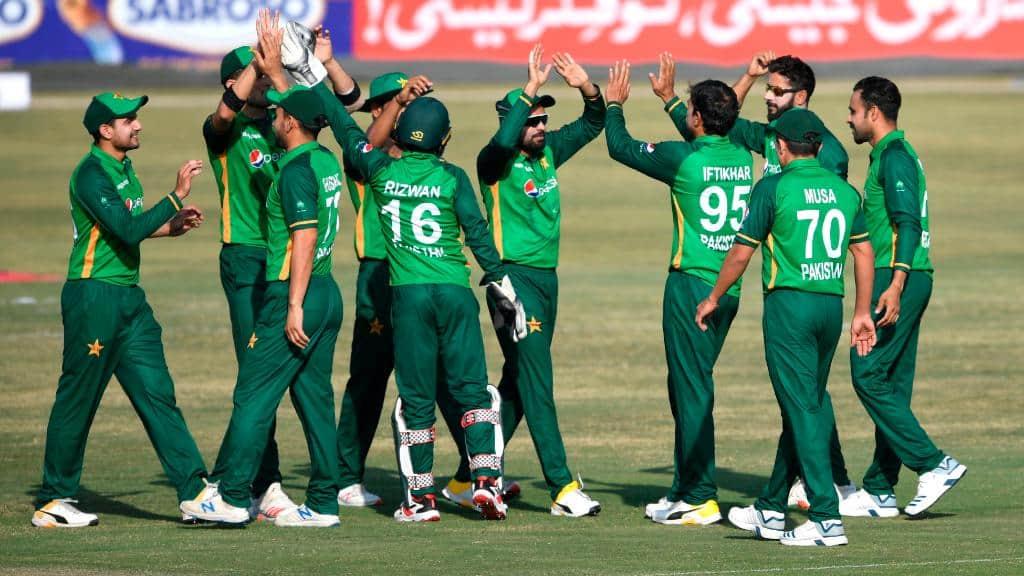 Pakistan vs Zimbabwe 2020 2nd ODI: Pakistan Defeated Zimbabwe by 6 Wickets, Babar Azam 16th ODI Fifty, Iftikhar Ahmed's 5-Wicket Haul