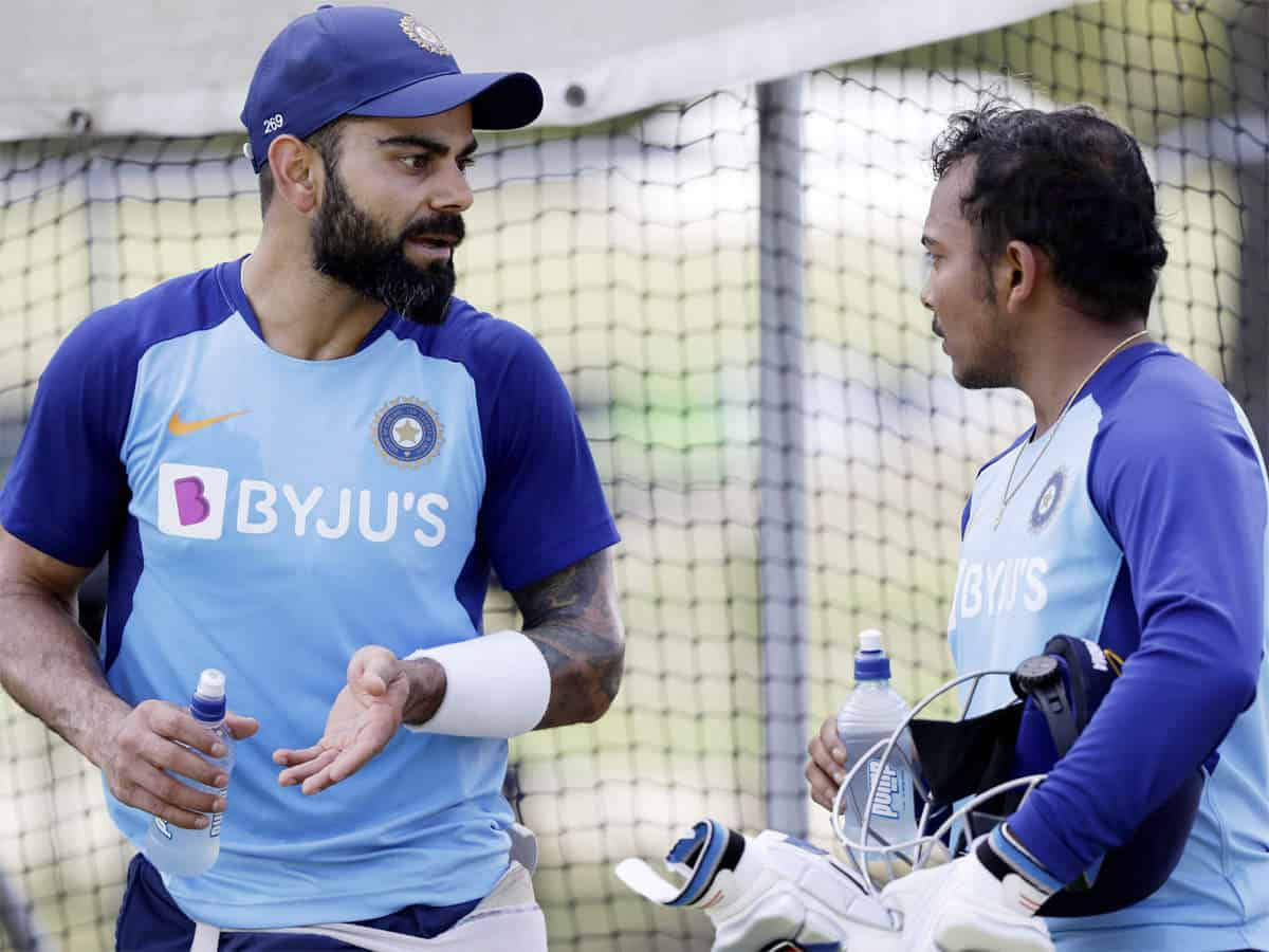 """IND vs AUS: """"Time to Work Hard And Play Harder""""- Prithvi Shaw Face India Bowlers With Virat Kohli Watching at Non-Striker's End"""