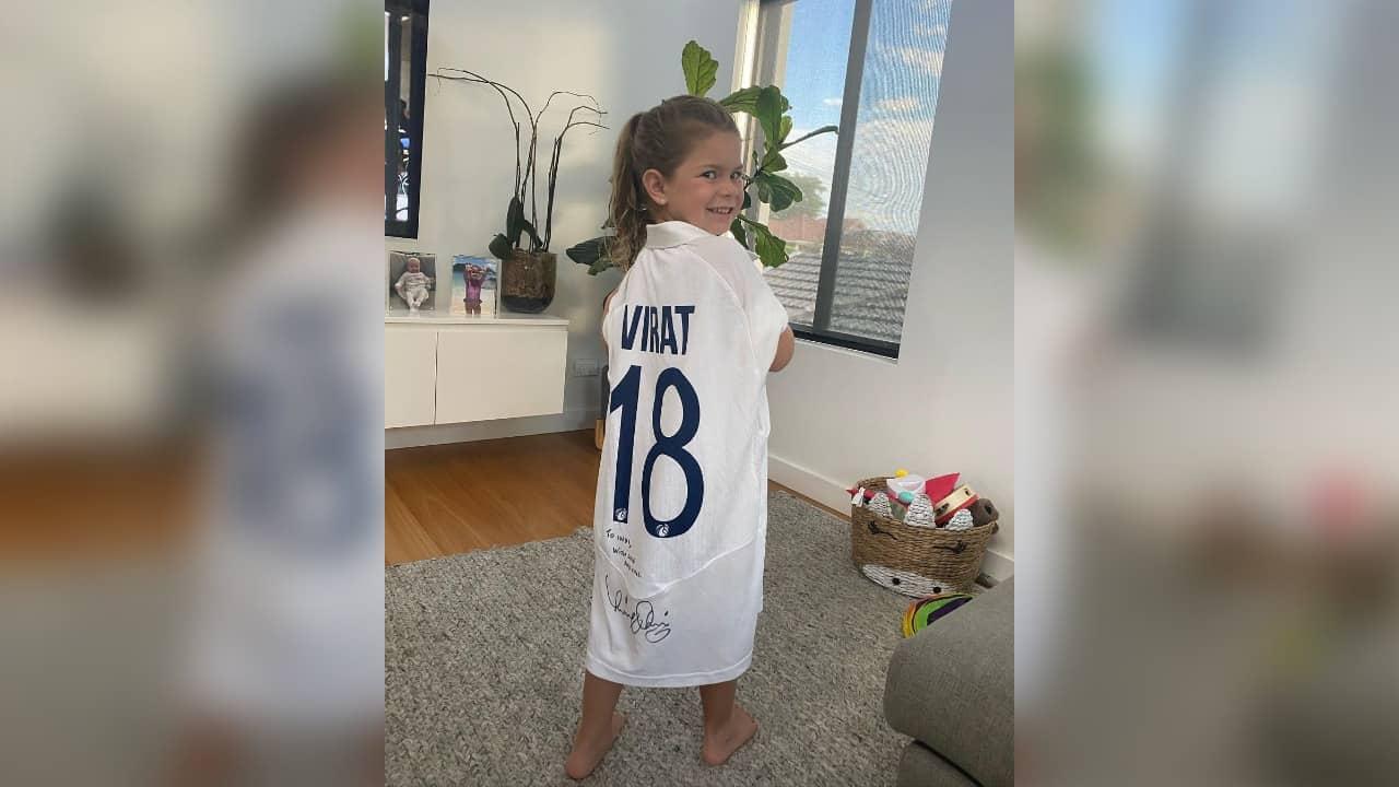 Virat Kohli Gifted His Signed Jersey To David Warner's Daughter Indi Rae