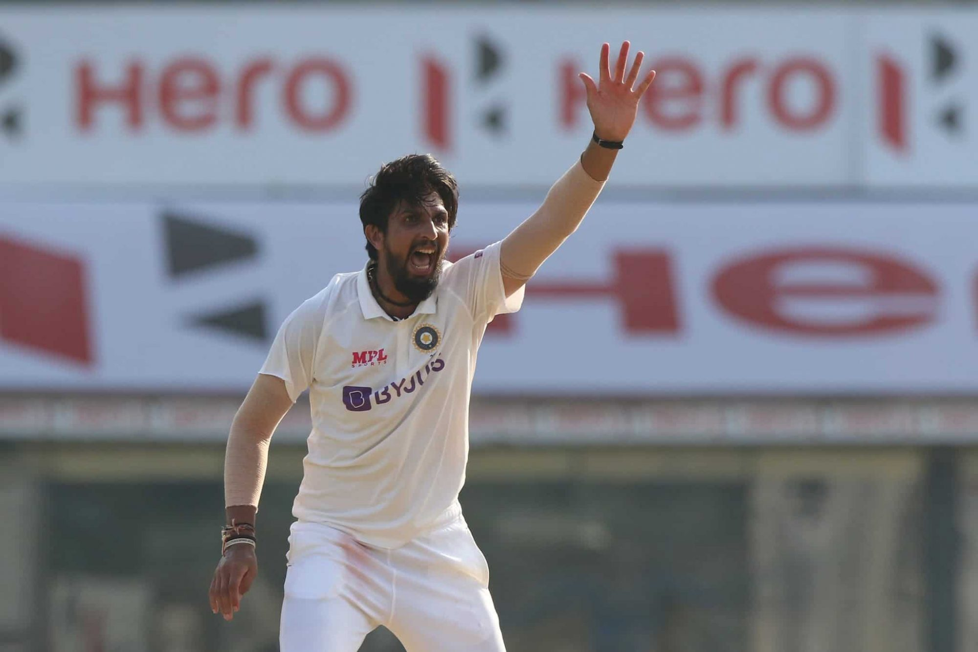 Twitter Reactions: Ishant Sharma Becomes 3rd Indian Pacer To Take 300 Test Wickets