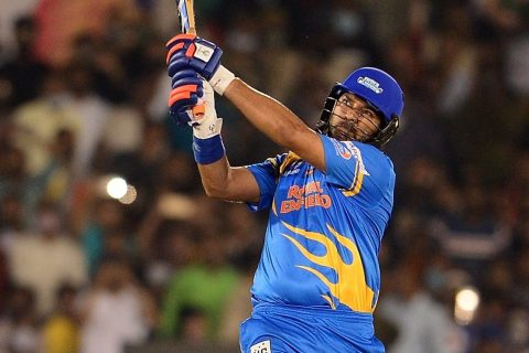 Watch: Yuvraj Singh Smashes 4 sixes in One Over, For 2nd Time in Five Days