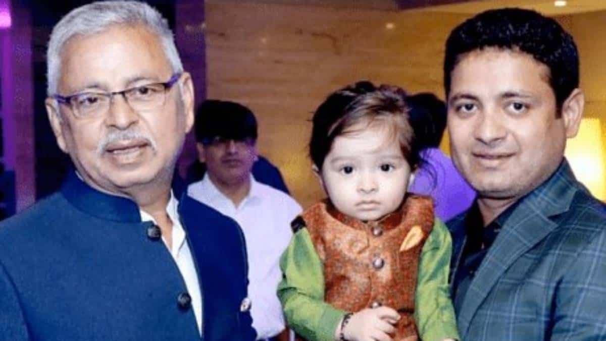 India Leg- Spinner Piyush Chawla's Father Pramod Kumar Chawla Passes Away Due To Covid-19