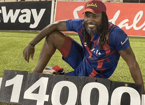 Chris Gayle Becomes First Player To Smash 14000 Runs in T20s