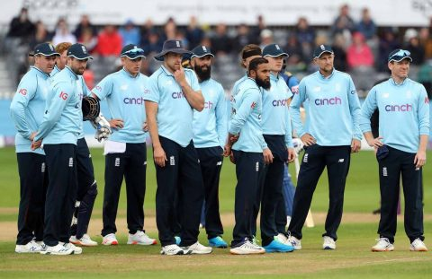 Three Players & Four Staff Members Of England Cricket Team Test Positive For Covid