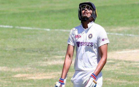 Surprised To See Shubman Gill Hide His Injury: Saba Karim