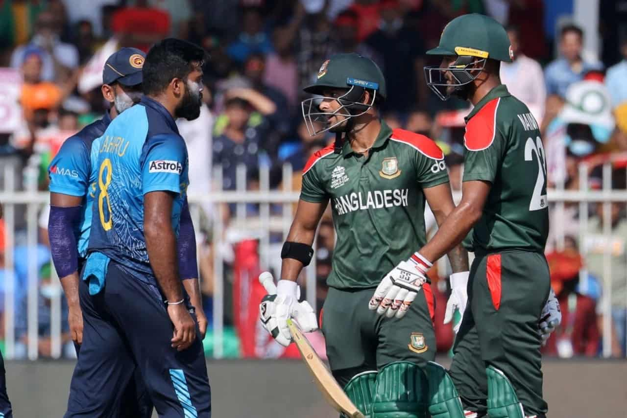 Liton Das & Lahiru Kumara Engage in a Fight During Match 15 of ICC T20 World Cup 2021